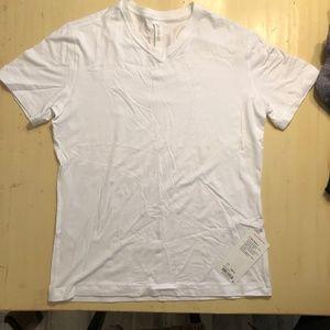 *NEW* lululemon 5 Year Basic V White Size Large
